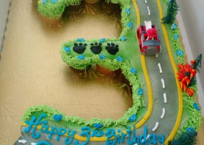 Lanes-bakery-cake-birthday-cars